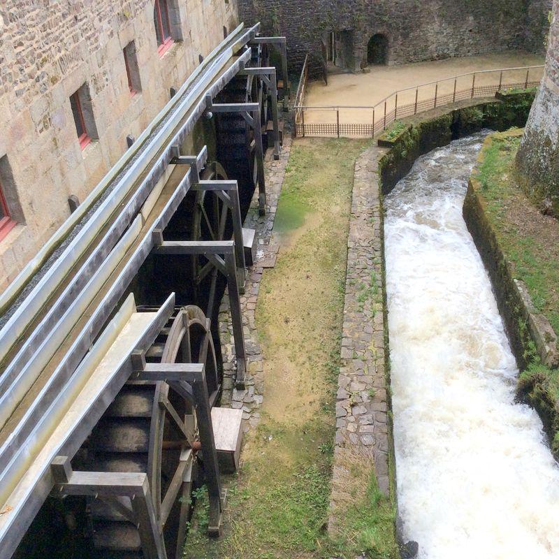 Wheels of water