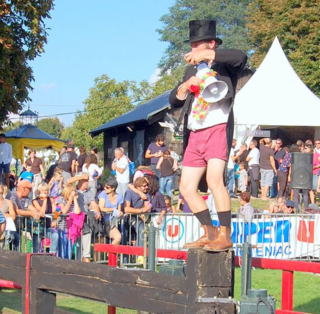 Olivier, a professional clown, doing his thing at the Hede-Bazouges jazz fest.2015.