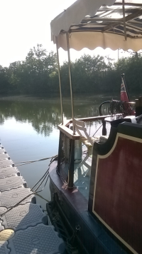 Floating pontoon at Bessan onthe Herault